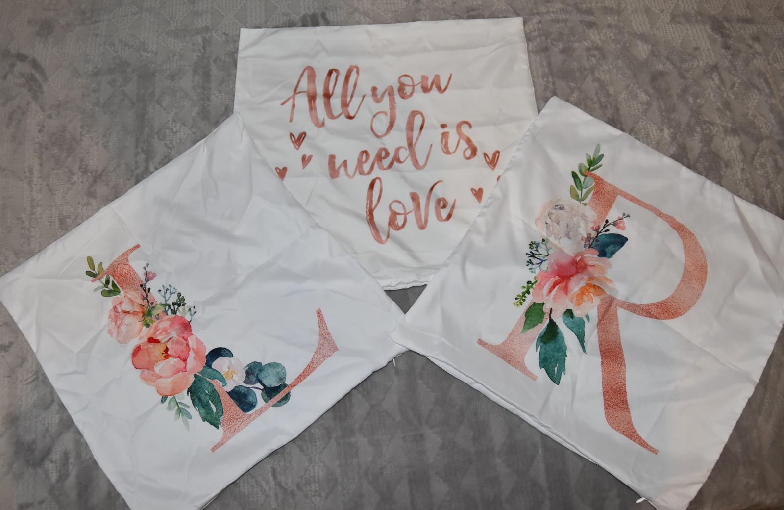 Wedding Time - obliečky na vankúše z Alliexpressu, ktoré budú na kreslách vonku na terase :)