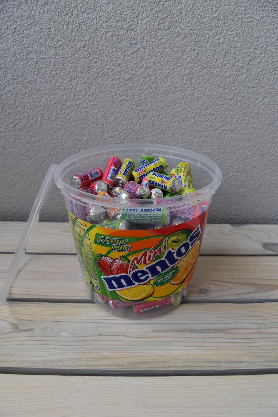 """Wedding Time - mini mentosky kúpené, už ich len """"prebaliť"""" do nového a sladká drobnosť pre hostí bude na svete :)"""