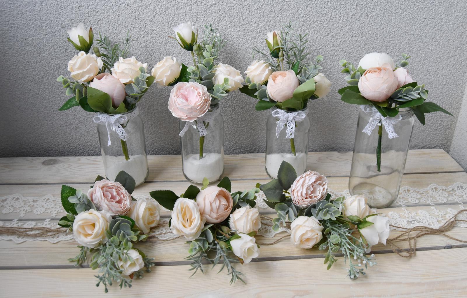 Wedding Time - Urobila som si niekoľko vázičiek a kytičiek, ak by bola náhodou hostina len u nás :) ...pripravujeme si aj plán B :)