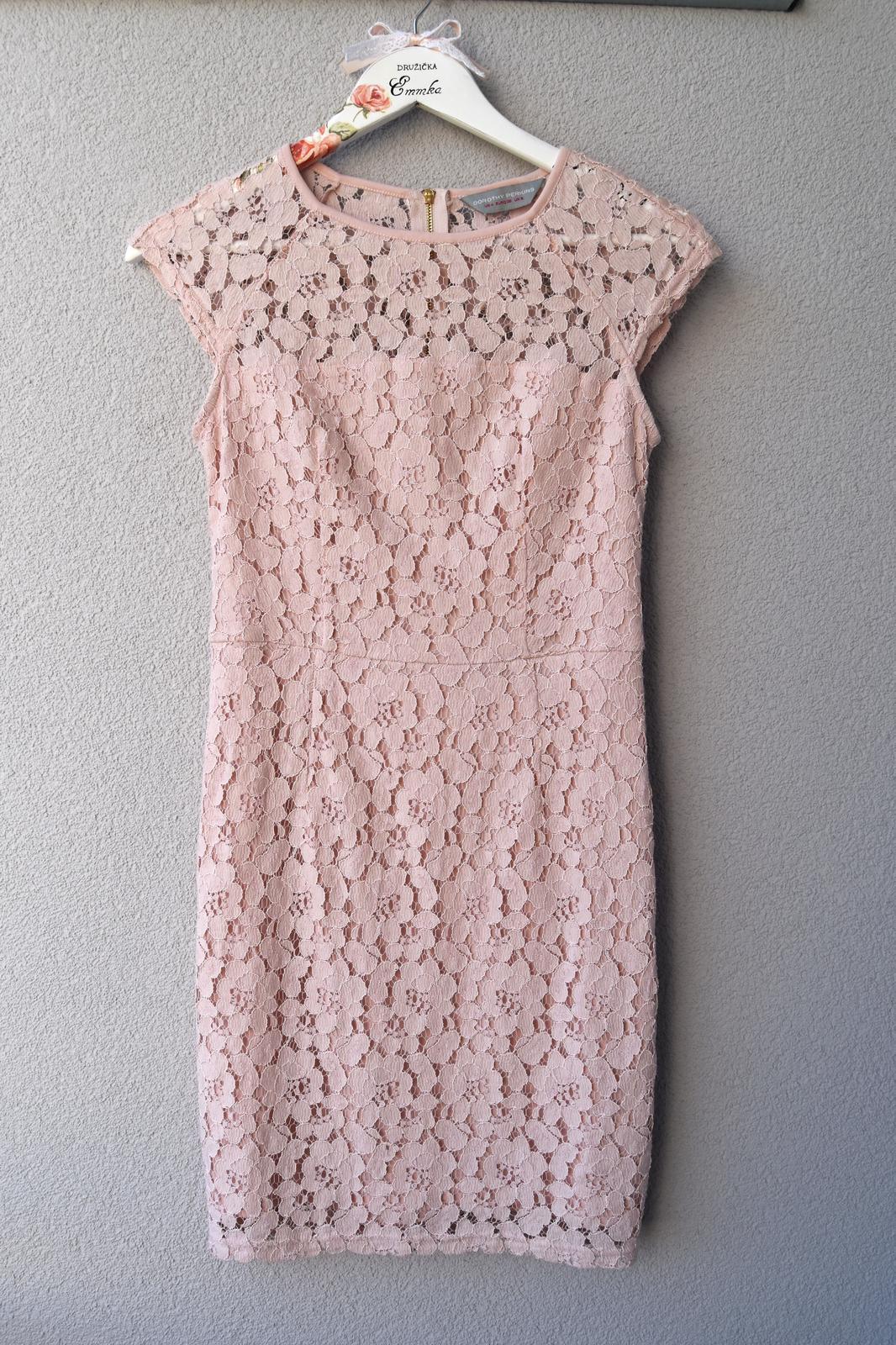 Wedding Time - šaty pre jednu z družičiek nájdené