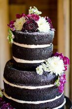 """Naked cake bola jasná voľba. Drahý neznáša """"suché potahy"""" (potiahnutá torta ktorá je navyše ešte aj suchá a bez chuti)"""
