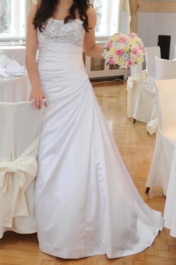 Elegantní svatební šaty - bílé vel. 38 - Obrázek č. 1