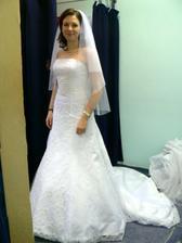 1.šaty-salon Bella-supr slečny, velmi ochotné
