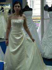 12.šaty-krásný ale pořád to není ono :o/