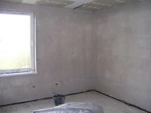 detská izba so stierkami, už len vymaľovať a podlaha