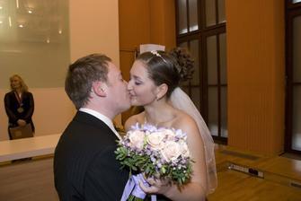 jedna důležitá pusa...:)
