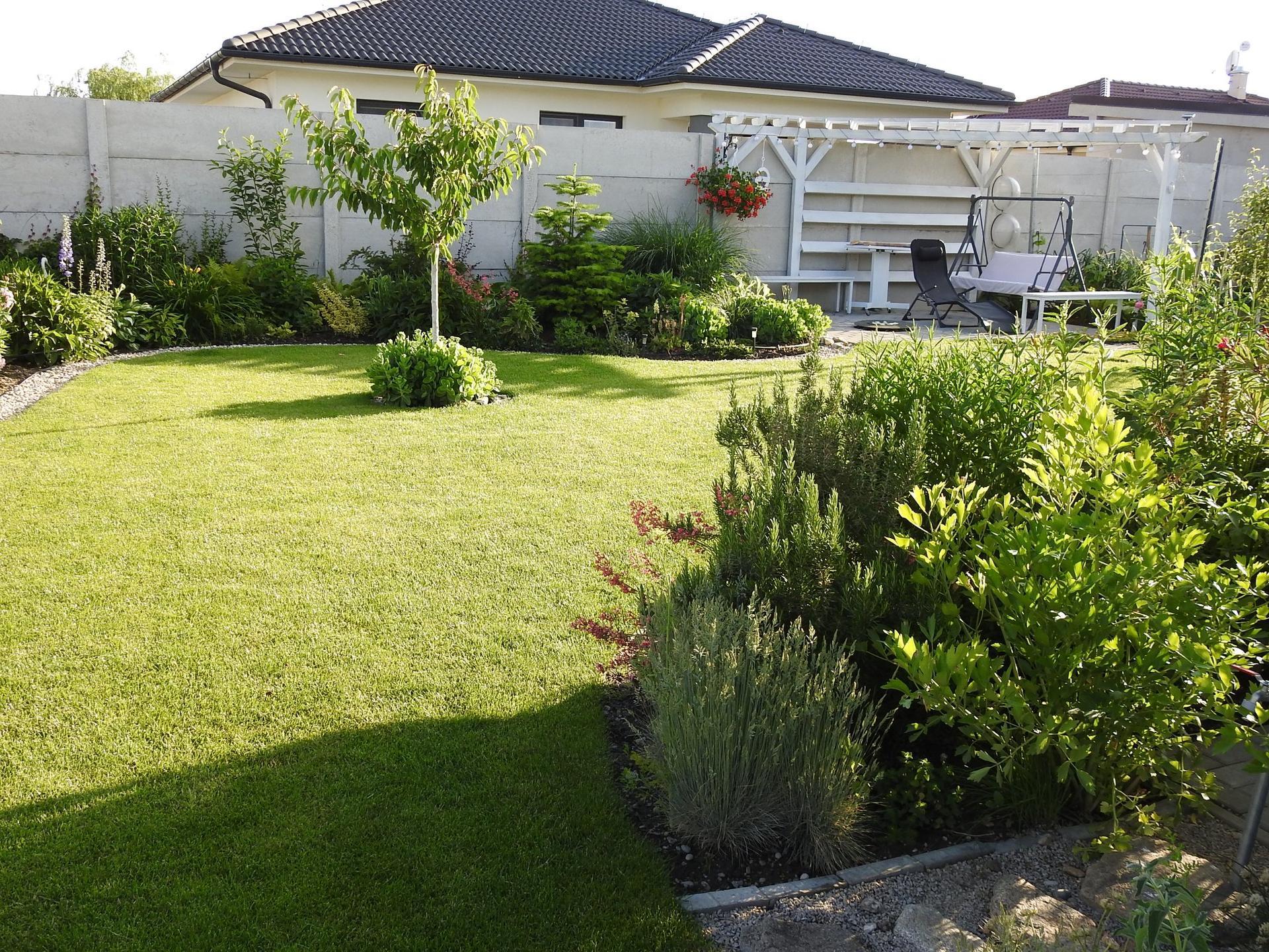 Návrh aj realizácia záhrady v mojom ponímaní - Obrázok č. 9