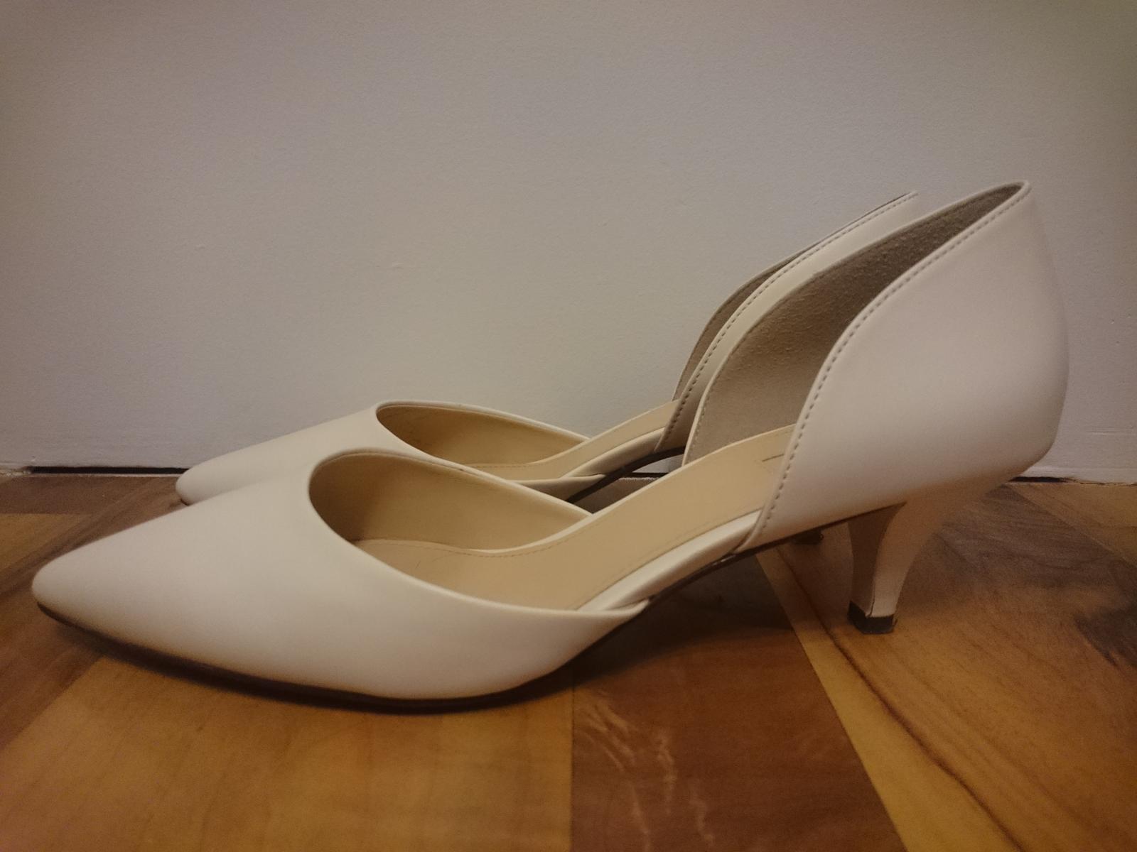 Svatební lodičky s nízkým podpatkem - Obrázek č. 1