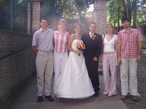 kolegyně z práce a jejich ženichové čekatelé