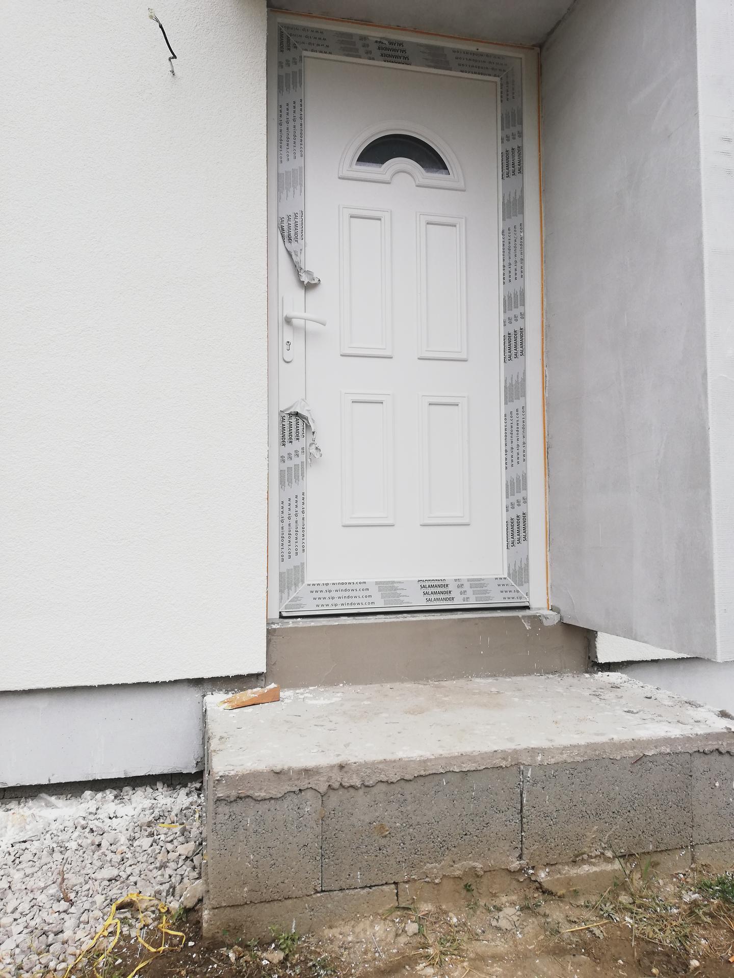 Stilo - Vchod do domu