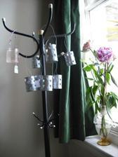jeden skleney (vyrobime podla tohto prikladu dalsie) a 10 kovovych lampasikov