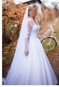 Saténové čipkované svadobné šaty, 36