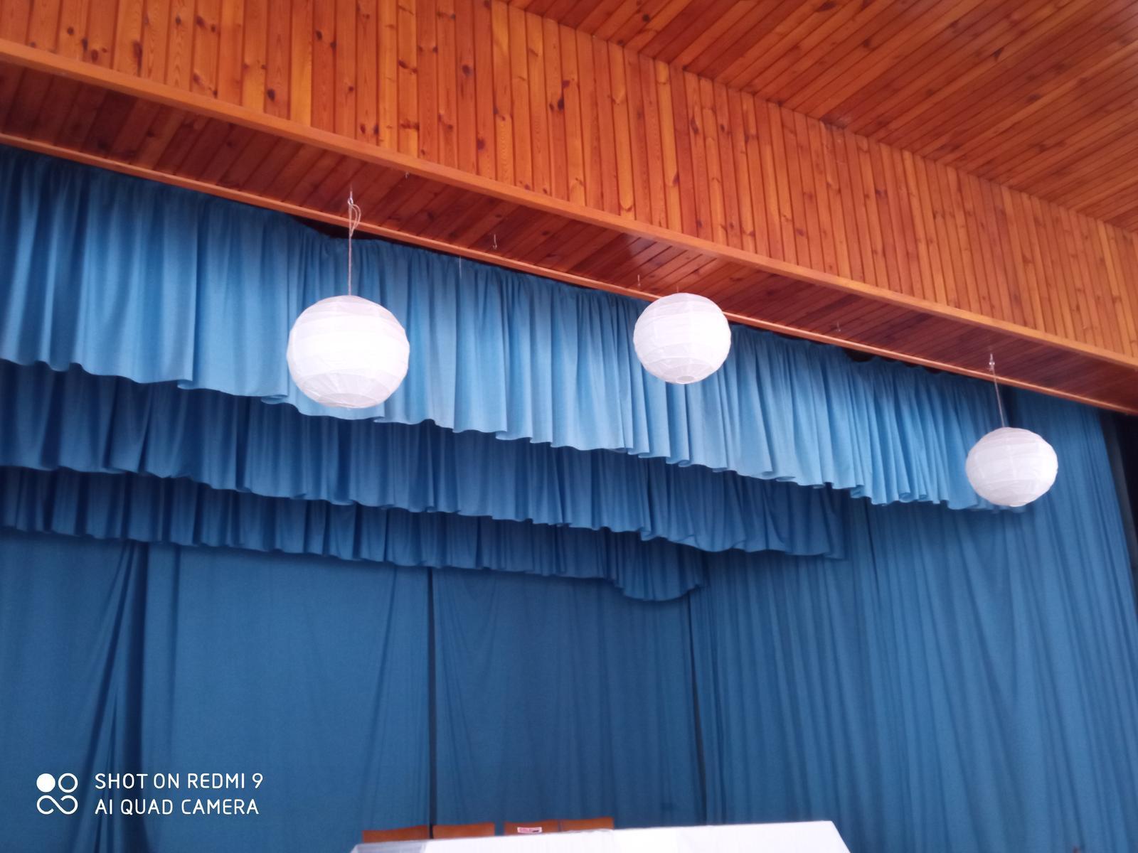 Bile lampiony - Obrázek č. 1