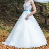 Svatební šaty ze salónu vel. 32-34, 34