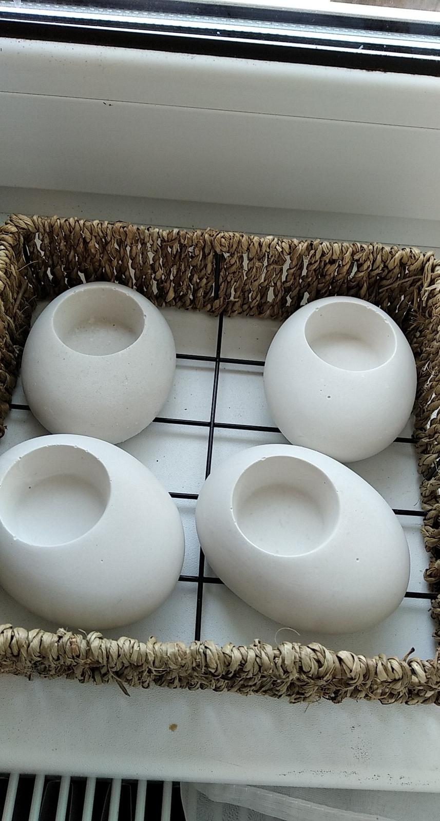 Svícínek na čajovou svíčku - Obrázek č. 1