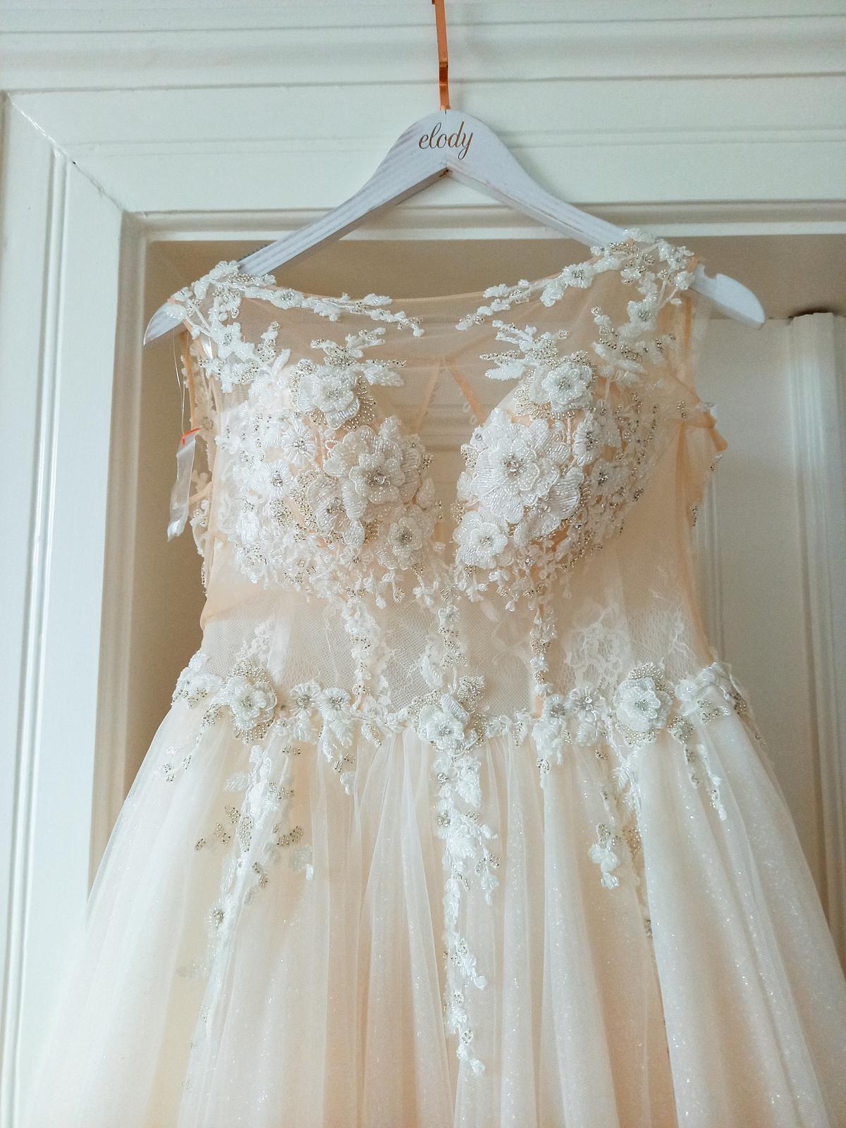 Svatební šaty - Elody Linda - Obrázek č. 4