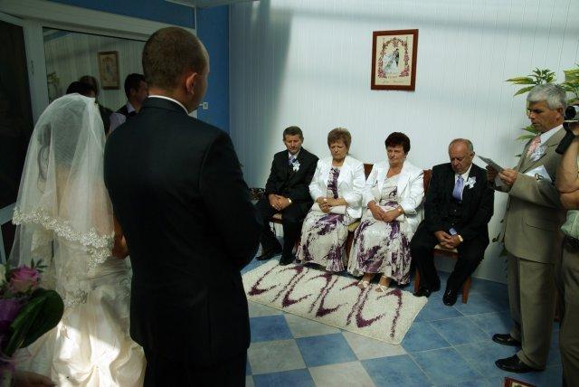 Mgr. Zuzka Baranska{{_AND_}}Jan Bartko - ODPYTOVANIE OD RODICOV