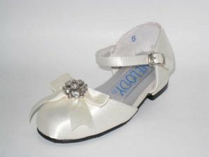 Když to vyjde, tak tyto botičky budou mít družičky :-))