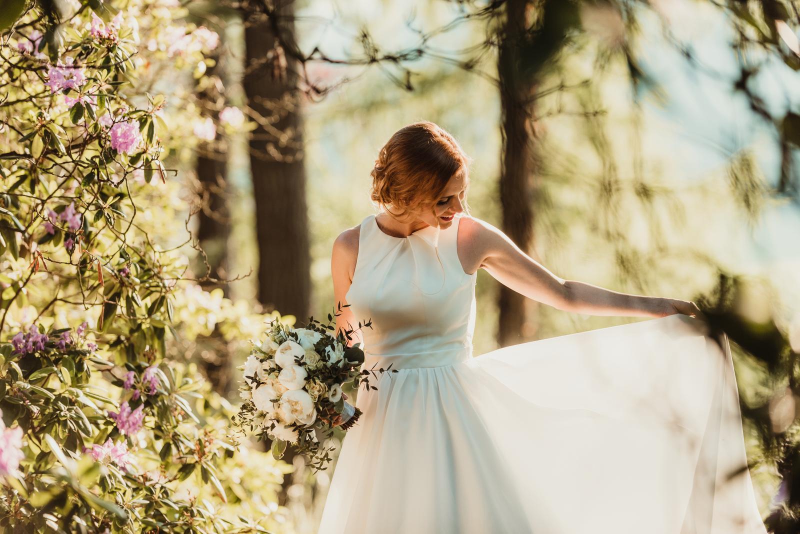 Hladké svatební šaty vel 36 - Obrázek č. 2