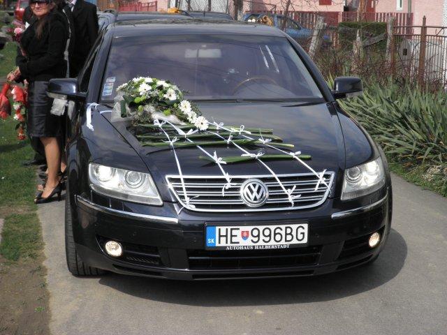 Lenka Bošková{{_AND_}}Jaroslav Valichnáč - Náš svadobný tátoš - Volkswagen Phaeton