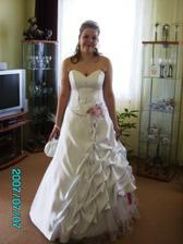 Nevěsta těsně před odchodem