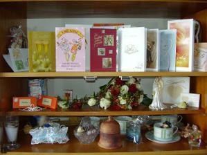 Novomanželská vitrína v obýváku :-)