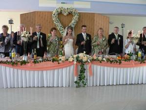 náš svadobný stôl