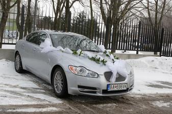 naše svad.autíčko
