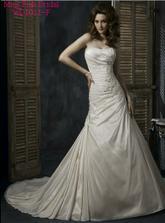 Moje svadobné šaty- maggie sottero model Carmen, ktoré som si dala šit v PL