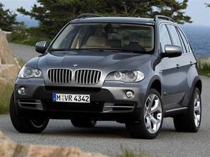 už na 100% naše svadobné autíčko BMW X5