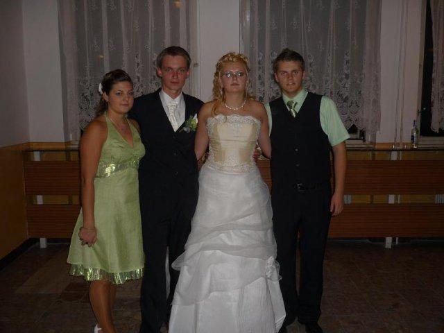 Vierka{{_AND_}}Mirko - bratranec Janik s priateľkou Jarkou