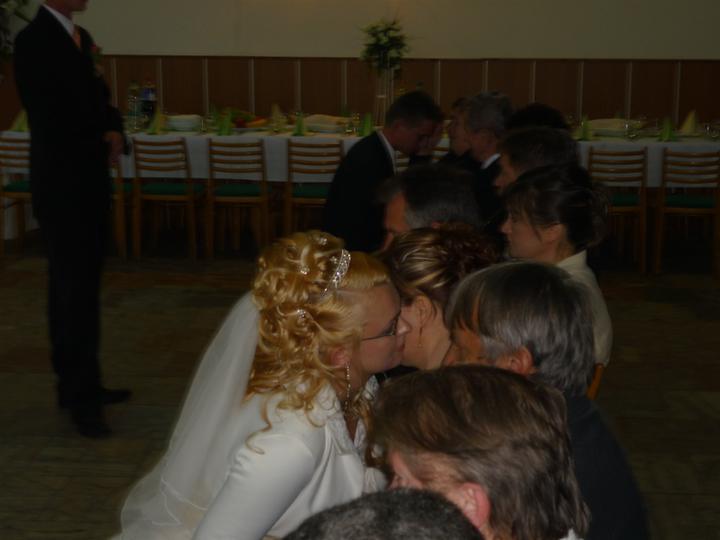 Vierka{{_AND_}}Mirko - celý účes sú len moje vlasy!!! žiadny príčesok!