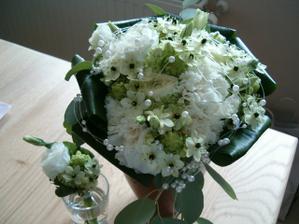 květina se snědkem -paráda
