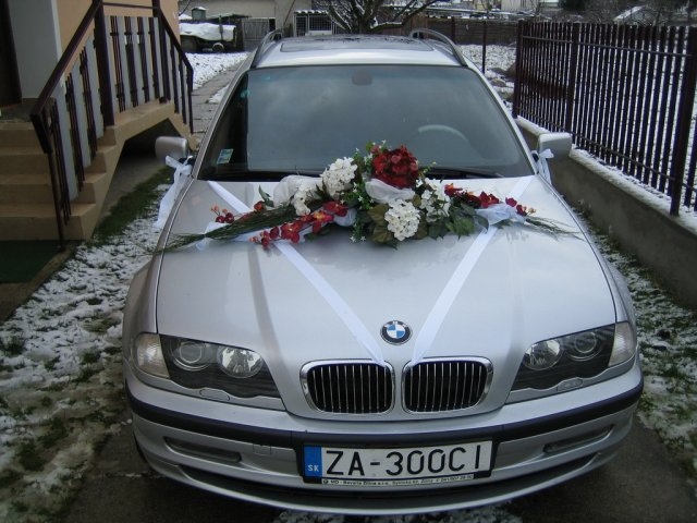 Vyzdoby svadobných  áut - pekne