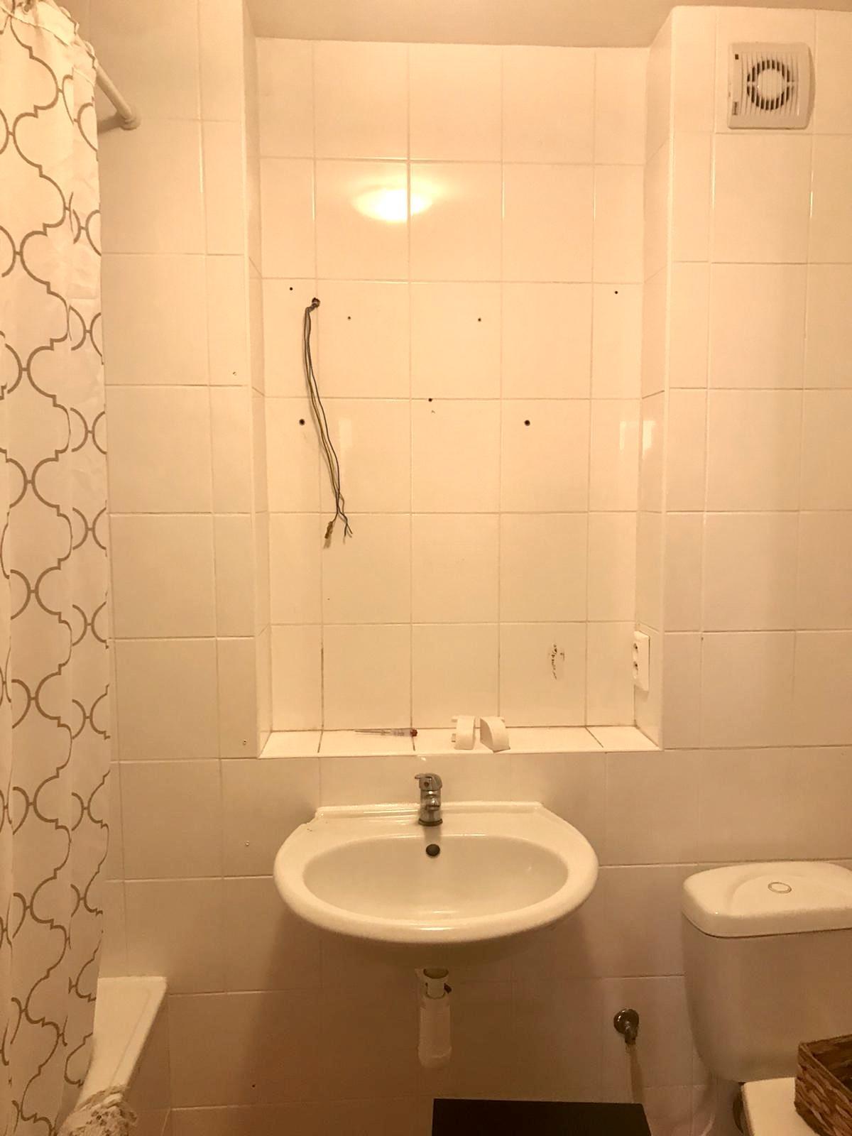 Z příšerné koupelny tvořím trochu lepší 💪 - Hruzná galerka odstraněna