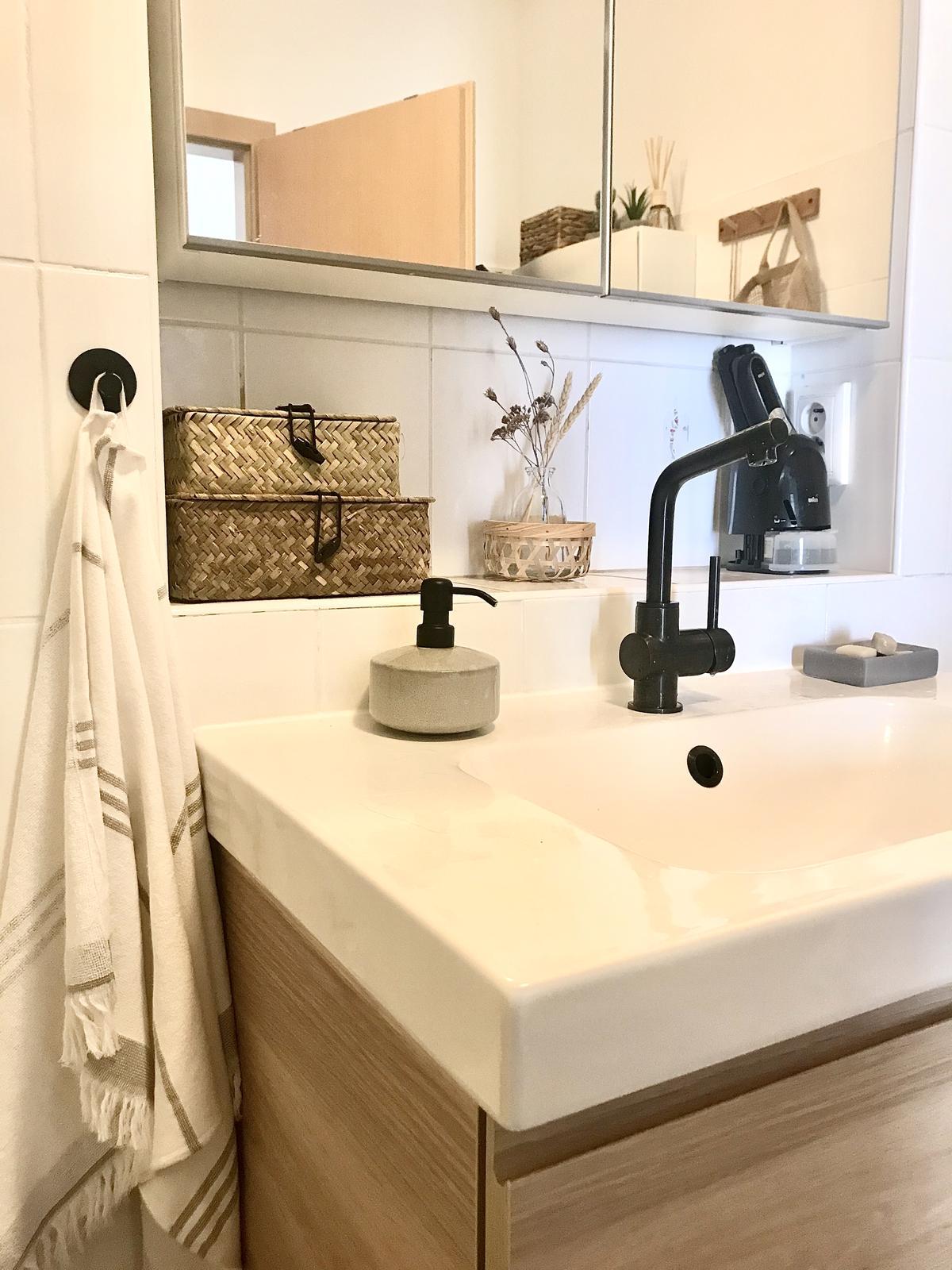 Z příšerné koupelny tvořím trochu lepší 💪 - Obrázek č. 41