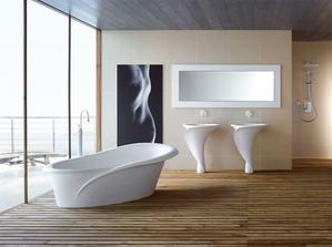 Architekt Oriano Favaretto sa pri návrhu umývadla inšpiroval kvetom kaly.