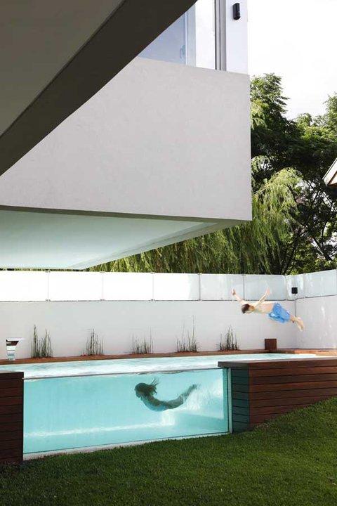 Ked sa hlasi dizajn o slovo :) - skvely bazenik :)