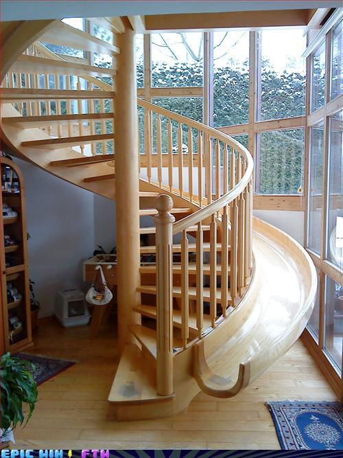 Ked sa hlasi dizajn o slovo :) - ked vy pojdete po schodoch vase dieta sa moze zabavat na smykacke ale pre vacsiu bezpecnost by som urobila smykacku hlbsiu :)