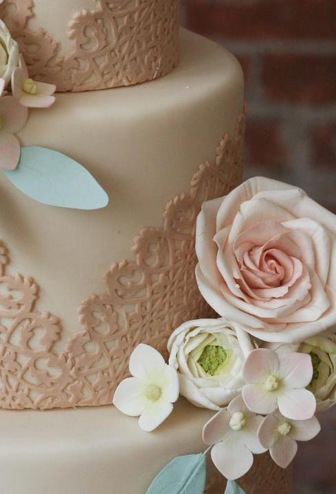 Lace Wedding Decorations & Details - Obrázok č. 64