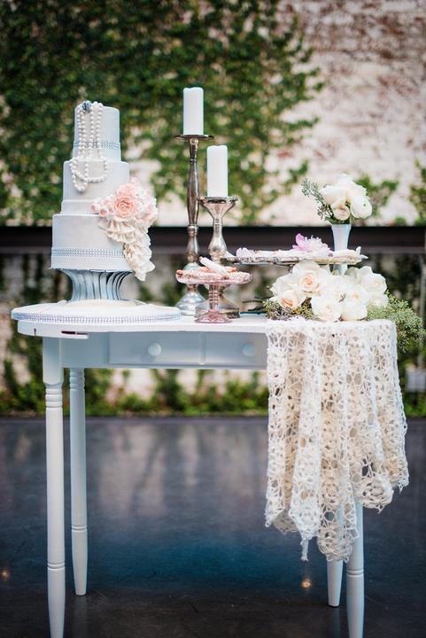 Lace Wedding Decorations & Details - Obrázok č. 66