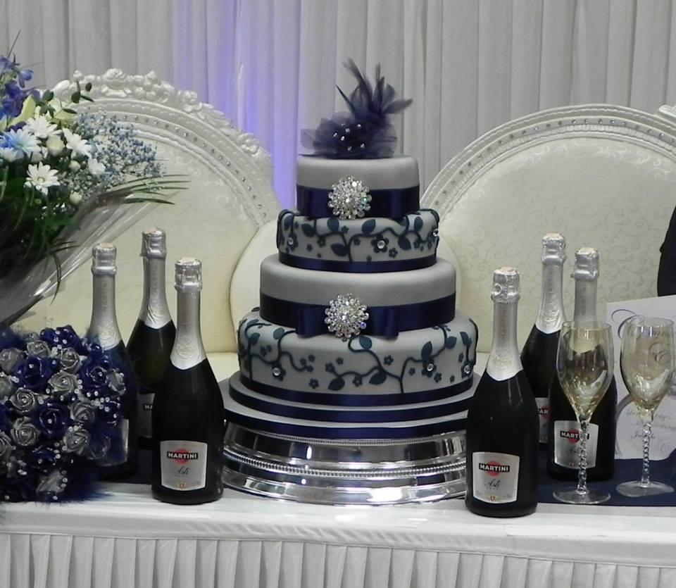 ♛ ♛ ♛ royal blue wedding inspiration - Obrázok č. 4