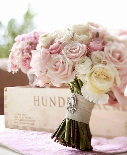 """Ruže v hlavnej úlohe @ } - , - """" - - Obrázok č. 221"""
