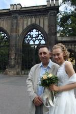 s tátou před odjezdem do Varů