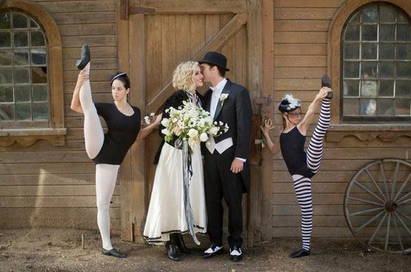 Hehe, cirkusová svatba.) - Obrázok č. 1