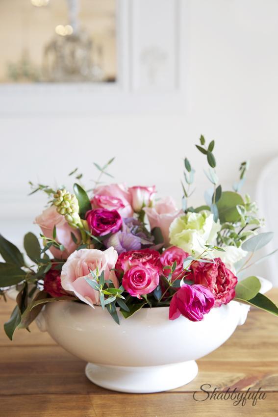 """Výzdoba v štýle a la """"babička"""" alebo čo mám naskreckovane :-D - Takto niejak si predstavujem naaranzovat tie moje misy s kvetinkami ;-)"""