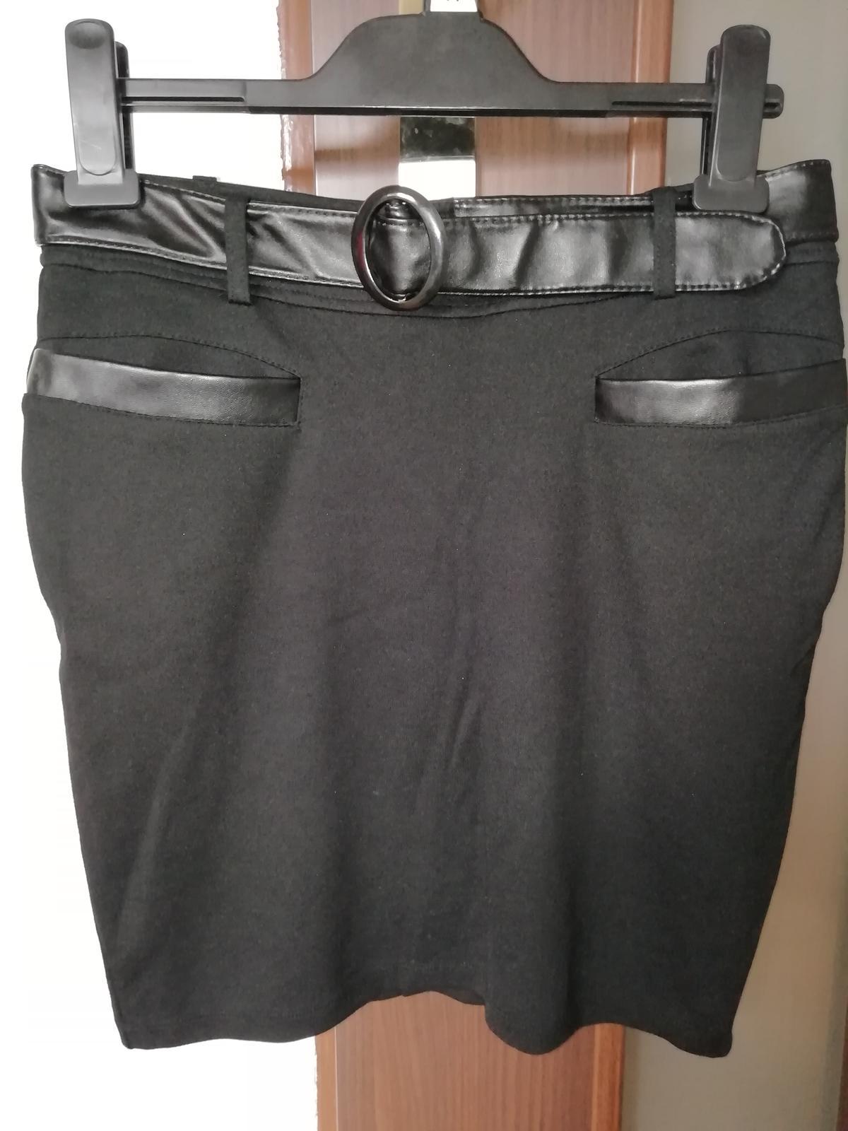 Čierna sukňa kenvelo - Obrázok č. 1