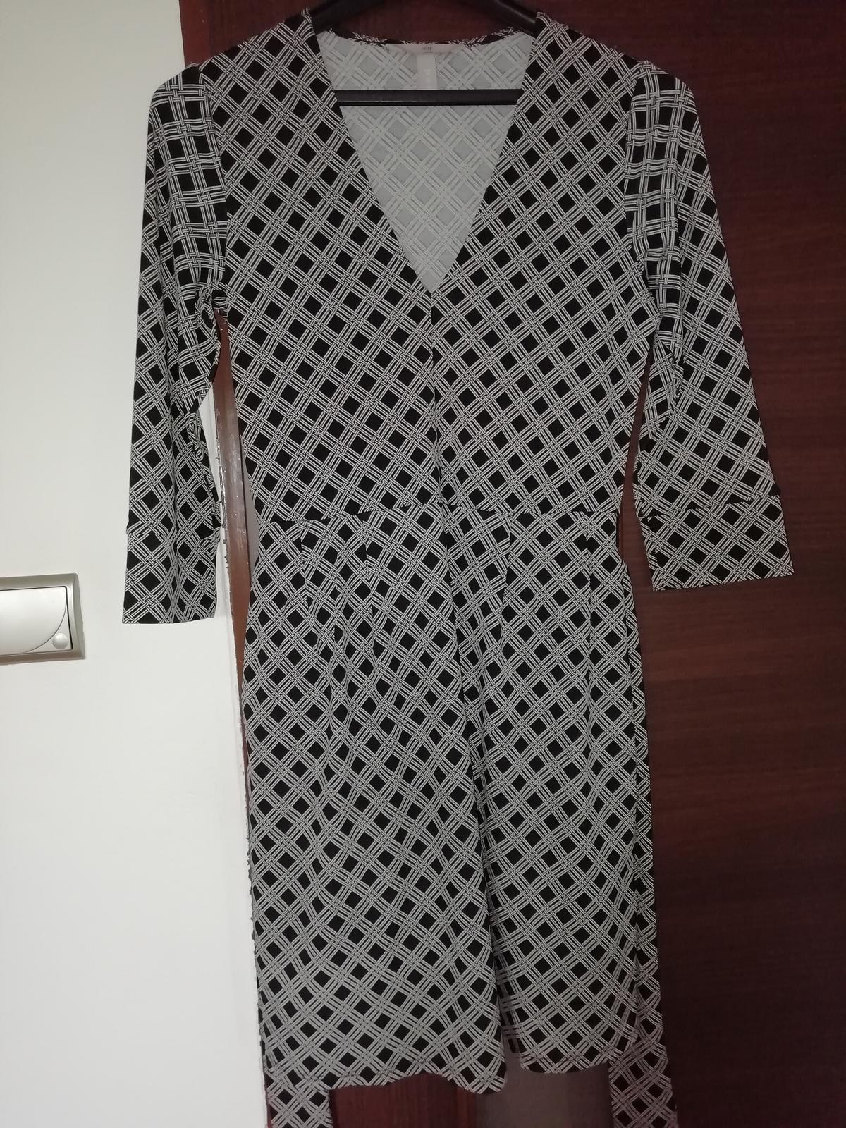 Šaty s opaskom a vreckami - Obrázok č. 2