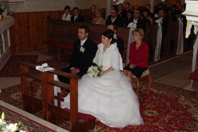 Majka Bursova{{_AND_}}Stanko Druga - tu sme uz konecne v kostole...