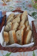Cibulové bagetky z domácí pekárny